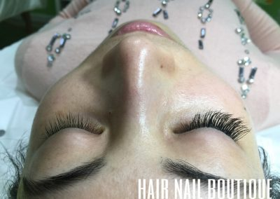 salon eyelash extension